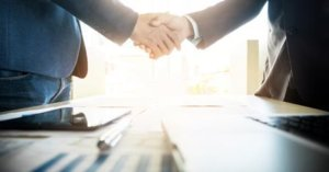 5 Benefits of Investing in Contractors