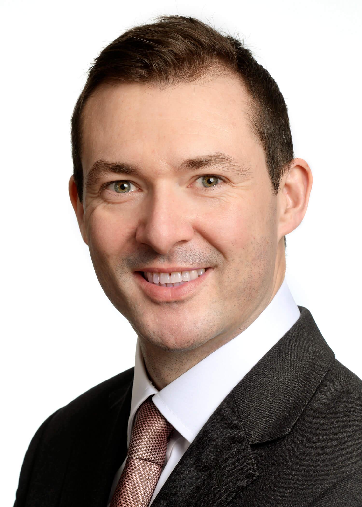 Weil Appoints Chris McLaughlin