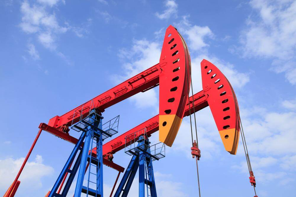 China Oil Industry Set to Rebound in 2015