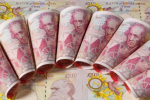 FTSE Business Leaders Targeted for Pay Reforms