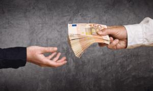 Cashing in on Crashing Euro