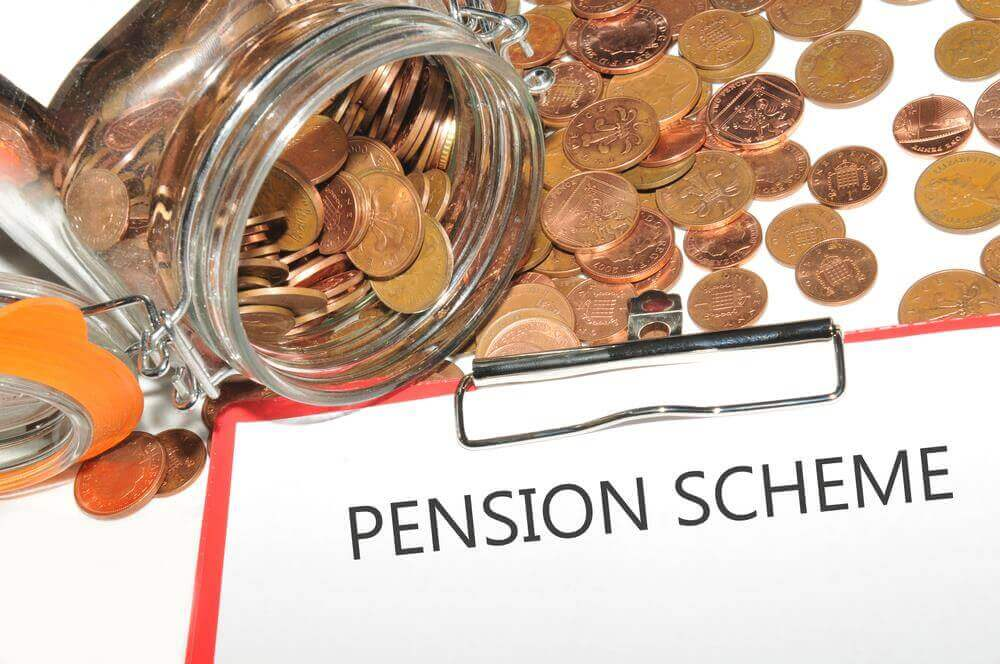 UK Employers Favour Initial Tax Relief for Pension Contributions